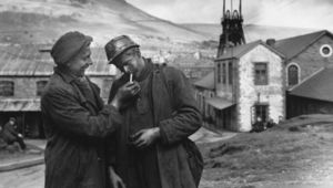 Taking a moment: Two Welsh miners pause for cigarette.