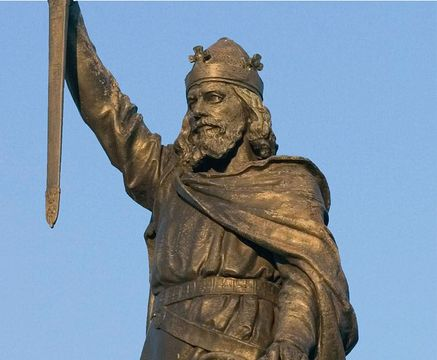 """The statue of Alfred stands guard over the High Street of Winchester, ancient capital of Wessex. Law-giver and scholar, battle-lord and diplomat, the Saxon king united England and earned the sobriquet """"Great."""""""