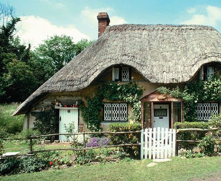 A wonder English thatched-cottage.