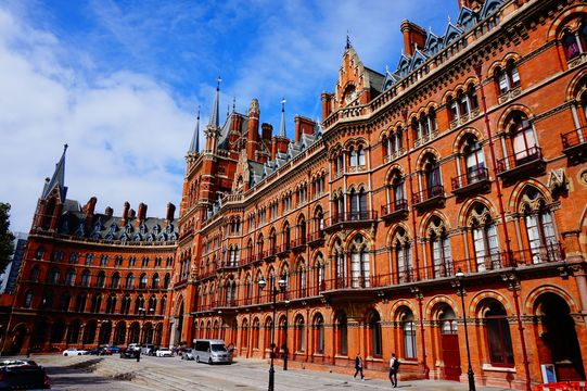 King\'s Cross St Pancras, London, home to the 9 3/4 platform from Harry Potter.