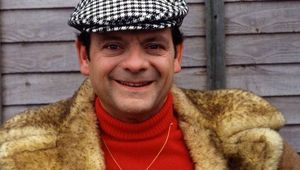 David Jason as Del Boy