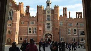 Thumb_around-town_-history-and-fun-haunt-the-royal-palaces