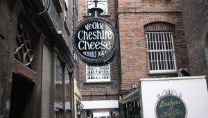 Ye Olde Cheshire Cheese, London.