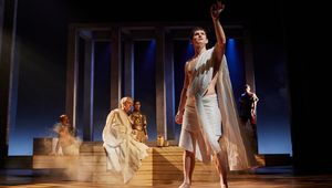 Thumb_antony-and-cleopatra-production-photos_-2017_2017_photo-by-helen-maybanks-_c_-rsc_214594