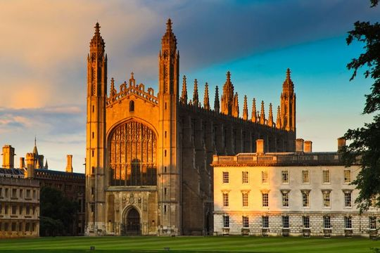 King\'s College at sunset, Cambridge.