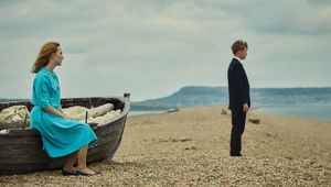 Thumb_on-chesil-beach