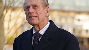 Thumb prince phillip looking at city hall  november 2008 steve punter flickr creative commons