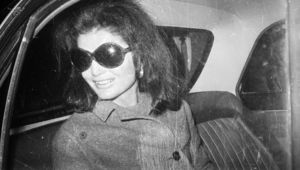 Jacqueline Onassis (1929 - 1994), wife of Greek shipping tycoon Aristotle Onassis and former wife of assassinated US president John F Kennedy, at London Airport.