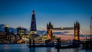 Thumb_tower_bridge__london___night