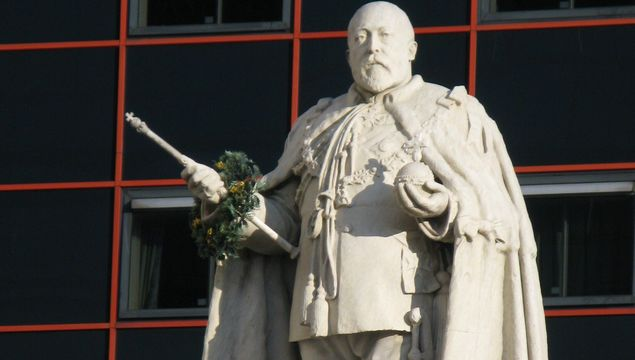 A statue of Edward VII, in Birmingham.