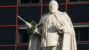 A statue of Edward VII, in Birmingham.