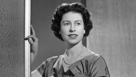 Queen Elizabeth II poses for a portrait at home in Buckingham Palace in December 1958 in London, England.