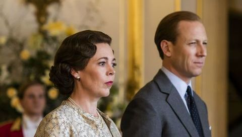Olivia Colman as Queen Elizabeth II and Toby Menzies as Prince Philip