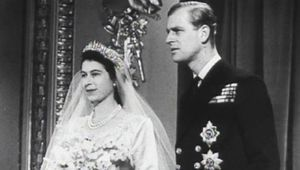 Thumb_elizabeth_philip_wedding_1947_youtube