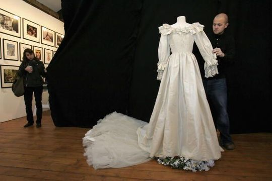 Princess Diana\'s wedding dress