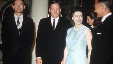 Queen Elizabeth and members of Apollo 11