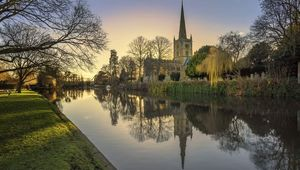 Thumb resized holy trinity church stratford upon avon warwickshire