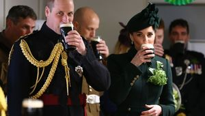 Thumb kate middleton prince william guinness getty