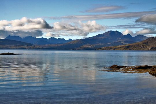 Cuillin Hills, Isle of Skye: Stay cozy like the Scottish, practice corrie.