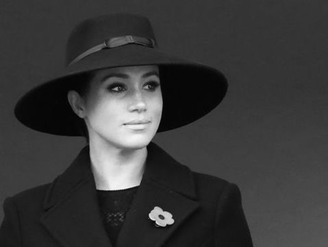 Meghan Markle wears a poppy for remembrance day