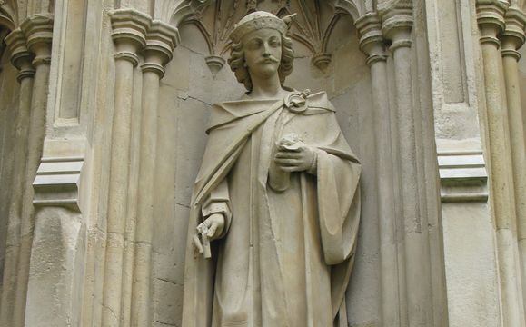 A missing monarch! A statue of Henry I at Canterbury Cathedral.
