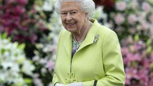 Thumb resized queen elizabeth chelsea flower show