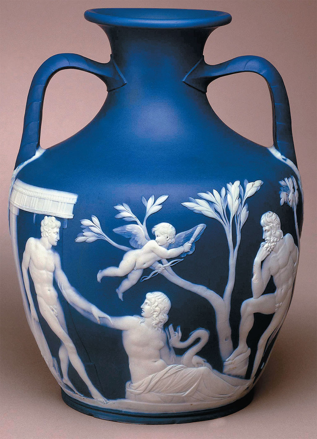 The potteries of staffordshire british heritage travel the wedgwood museum trust crown emblem joe sutliff reviewsmspy