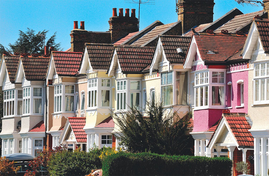 Nearby chiswick village in the city british heritage travel for Terraced house meaning