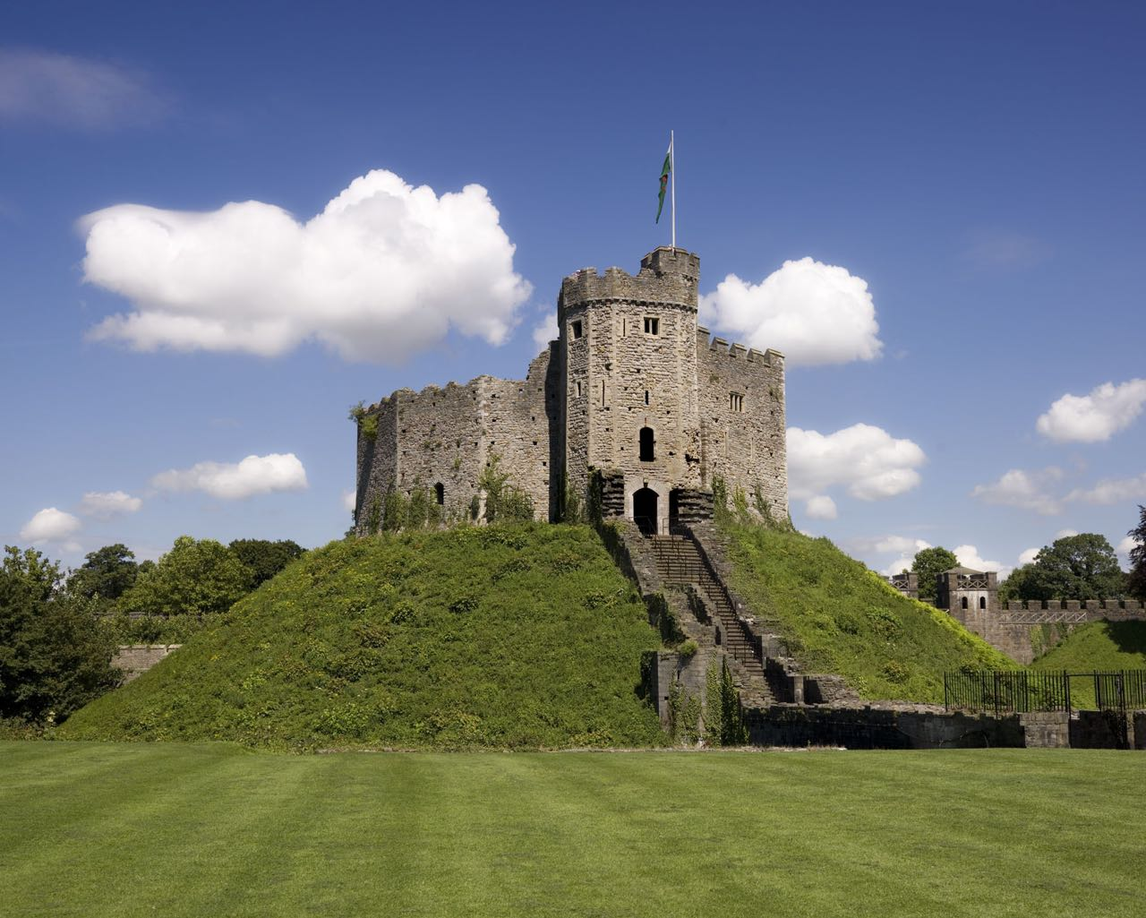 Cardiff Tours Wales